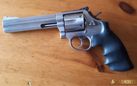 """Smith & Wesson 686 6"""""""